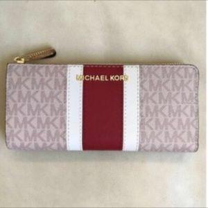 Michael Kors LG 3/4 zip wallet